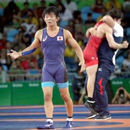 決勝終了直後、手を広げてジャッジへの不満を表すも…(C)真野慎也/JMPA