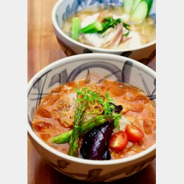 「冷やしトマトかつ丼」(C)日刊ゲンダイ