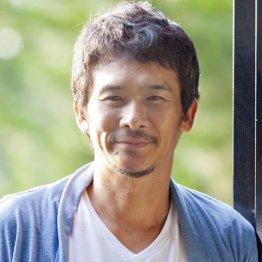 宿無しの主人公を演じる伊原剛志(C)日刊ゲンダイ