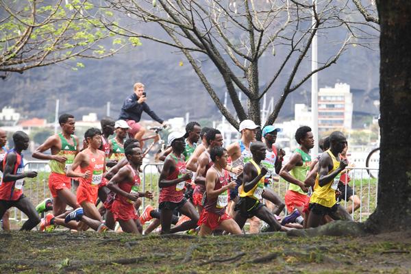 リオ男子マラソンは佐々木16位、石川36位、北島94位に終わった(C)JMPA