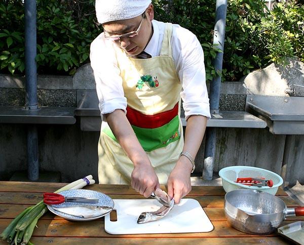 自己満足の料理はNG(C)日刊ゲンダイ