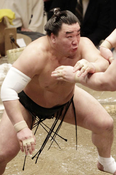 横綱日馬富士は137キロ(C)日刊ゲンダイ