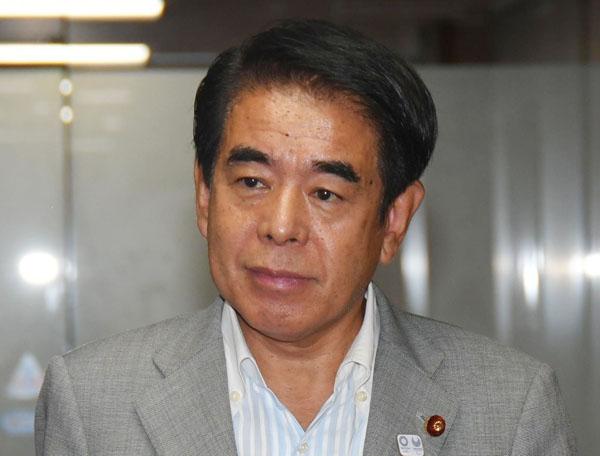 自民都連新会長に就任する下村元文科相(C)日刊ゲンダイ