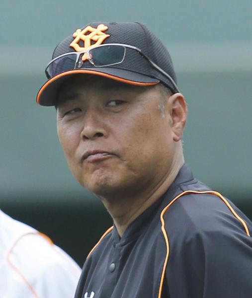 村田氏は巨人コーチで13年目(C)日刊ゲンダイ