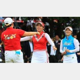 韓国人女子プロは日本ツアーで勝ちまくる(C)日刊ゲンダイ