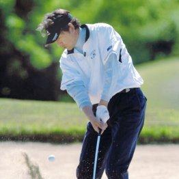 川口和久さん<1>初ゴルフで外木場コートの熱血指導