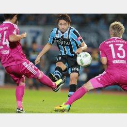 横浜M戦で決勝ゴールを決めた小林(C)六川則夫/ラ・ストラーダ