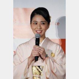 「ステージ4」を告白した小林麻央(C)日刊ゲンダイ