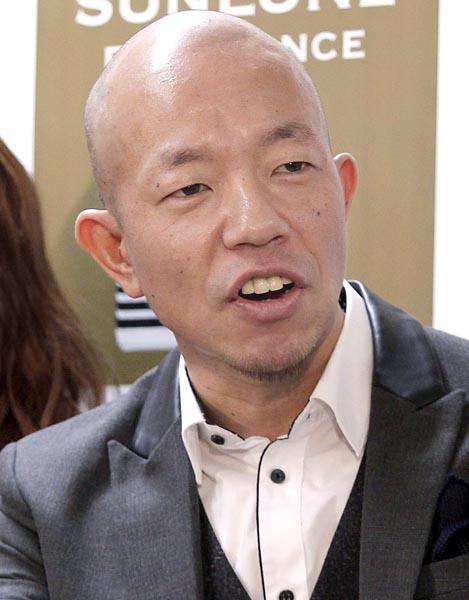 元カノの転身にエール(C)日刊ゲンダイ