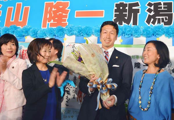 新潟県知事選では野党候補・ 米山隆一氏が当選。国民は怒っている(C)日刊ゲンダイ