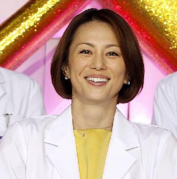 ドラマの魅力は米倉涼子だけじゃない(C)日刊ゲンダイ