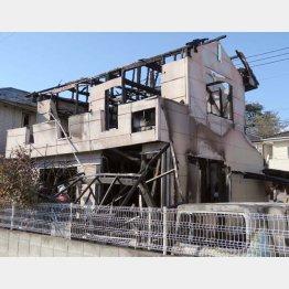 全焼した栗原容疑者の自宅