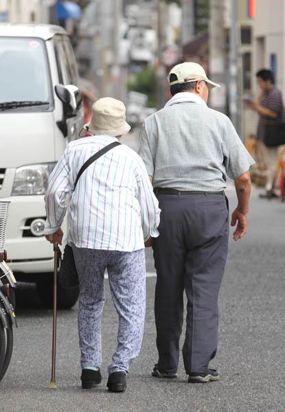 お年寄りを増悪の対象にするな(写真はイメージ)/(C)日刊ゲンダイ
