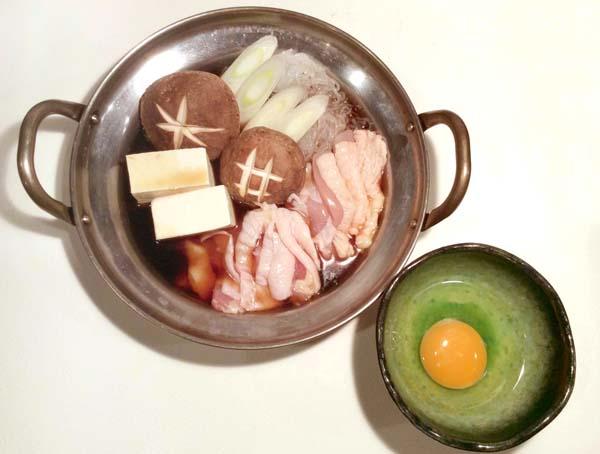 かしわのすき焼き(C)日刊ゲンダイ