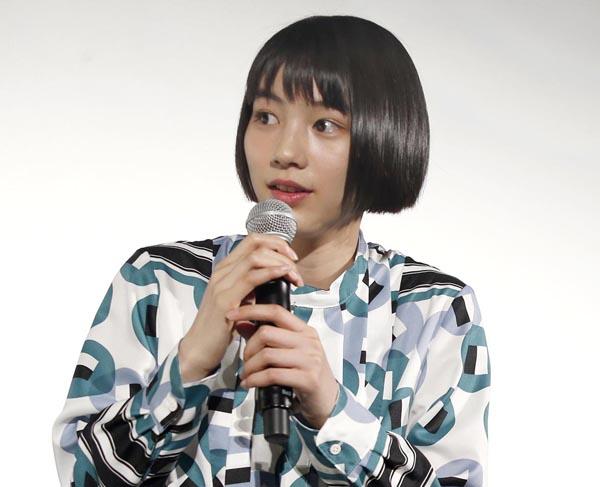 28日は東京国際映画祭に登場(C)日刊ゲンダイ