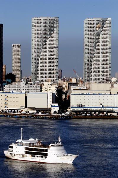 国税当局はタワーマンションに課税強化の方針(C)日刊ゲンダイ