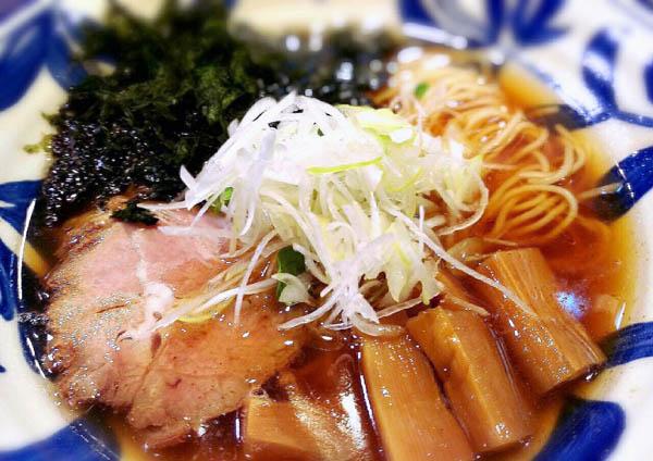「神田 磯野」の『醤油ラーメン』/(C)日刊ゲンダイ