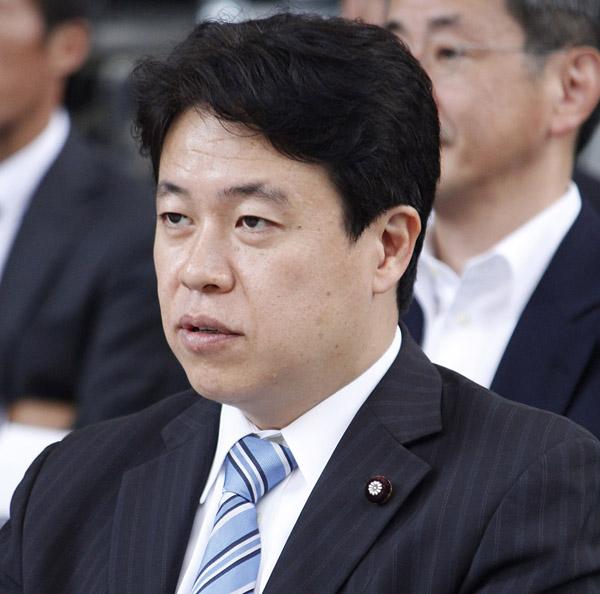 「さまざまな考え方がある」と鶴保大臣(C)日刊ゲンダイ