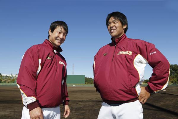 15年の付き合いになる吉野(左)と(C)日刊ゲンダイ