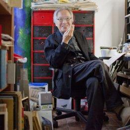 装丁家・司修さん 「本の重みで床が3回抜けた」
