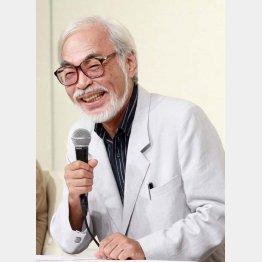 2013年には引退会見(C)日刊ゲンダイ