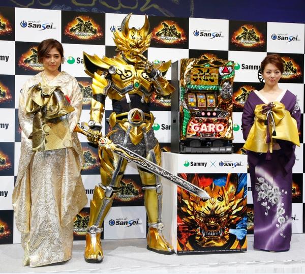 今井華(左)と祥子が発表会に華を添えた(C)日刊ゲンダイ
