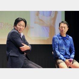 原監督(左)と中野ジェームズ修一氏(C)日刊ゲンダイ