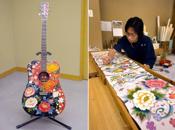 加賀友禅の絹地を貼り付けたアコースティックギター(提供写真)