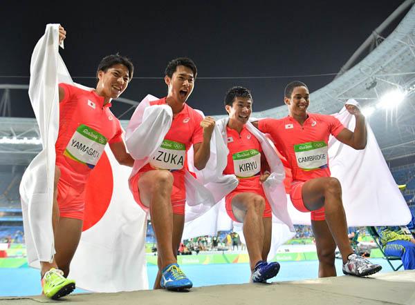 リオ五輪で銀メダルを獲得(C)JMPA
