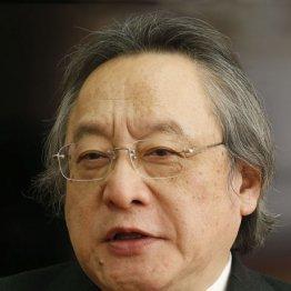 稲田防衛相の行動は憲法上の公人の政教分離原則に不十分