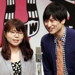 「相席スタート」の山崎ケイ(左)山添寛/(C)日刊ゲンダイ
