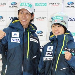 家族ぐるみのつきあいの葛西紀明(左)と伊藤有希