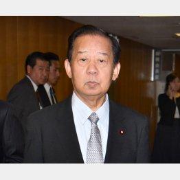 """二階氏は強力な""""援軍""""?(C)日刊ゲンダイ"""