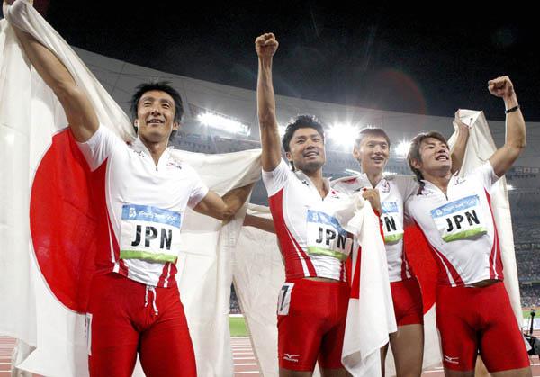 08年北京五輪で銀メダルを獲得した日本チーム(C)中西直樹
