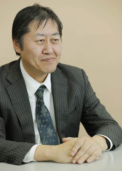 「私たちは極めて重大な岐路に立っている」と山下氏(C)日刊ゲンダイ