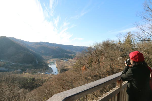 懐古園は千曲川の眺望も抜群(C)日刊ゲンダイ