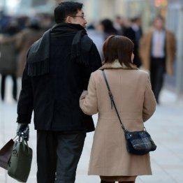 不妊原因のほぼ半数は男性が関係している(C)日刊ゲンダイ