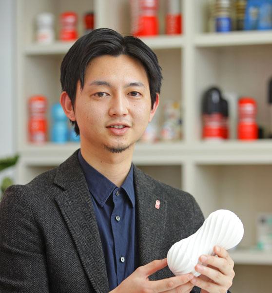 開発部の津山快さん(C)日刊ゲンダイ