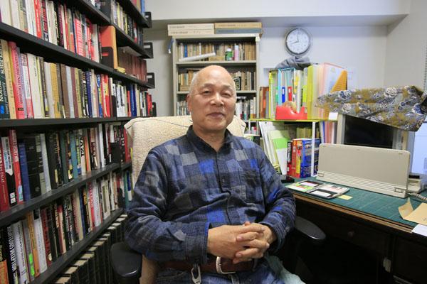 小説家の逢坂剛さん(C)日刊ゲンダイ