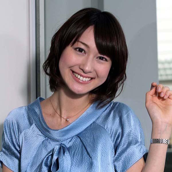 小川アナとの結婚はしばらく先に…(C)日刊ゲンダイ
