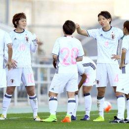 チームの柱として奮闘したMF阪口(10番)とDF熊谷(4番)