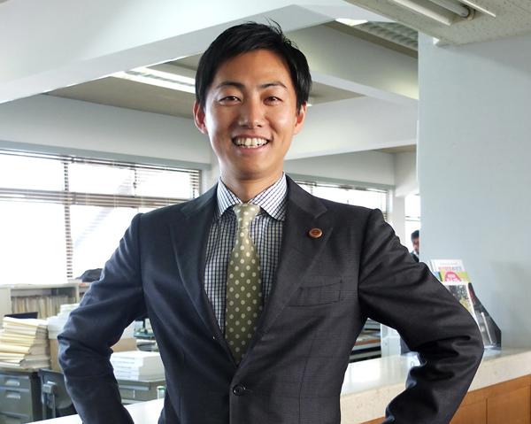 出直し市長選で再選した藤井浩人氏(C)日刊ゲンダイ