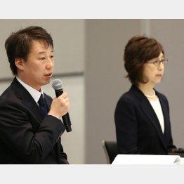 記者会見を行った南場智子会長(右)と守安功社長(C)日刊ゲンダイ