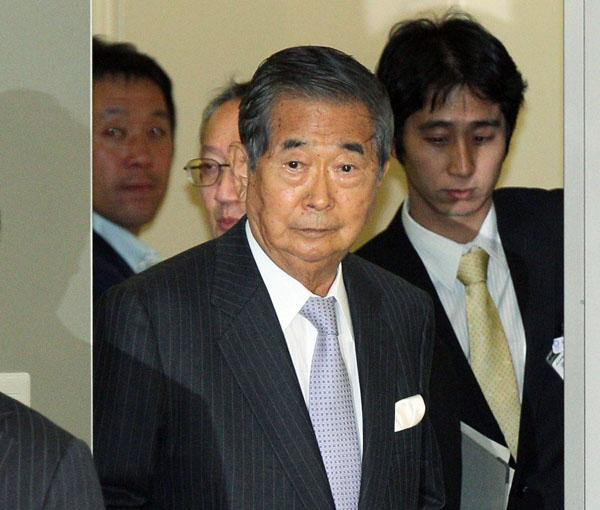 百条委の証人喚問に出席した石原元知事(C)日刊ゲンダイ