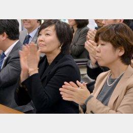 昭恵夫人(左)に尽くしてきたのに…(C)横田一