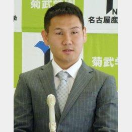 名古屋産業大の入学式に出席した高山(C)共同通信社