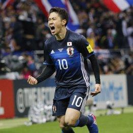 タイ戦でゴールを決めて雄叫びを上げる香川