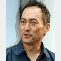 渡辺謙も「普通の男」だった(C)日刊ゲンダイ