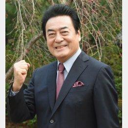 MCを務める高橋英樹(C)日刊ゲンダイ