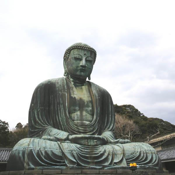 鎌倉といえば、やはり大仏様(C)日刊ゲンダイ